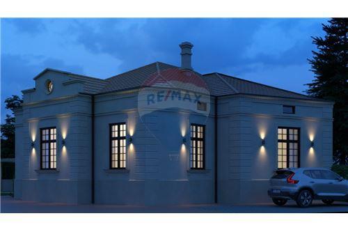 Kuća  - Prodaja - Beograd  - 1 - 500021006-21