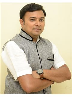 Pranav Parikh - RE/MAX V3 REALTY PLUS