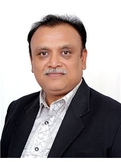 Virendra Shah - RE/MAX Realty Solutions(Ahmedabad)