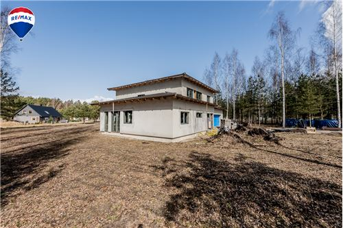 Eramu - Müüa - Häädemeeste vald, Eesti - 27 - 520131004-1