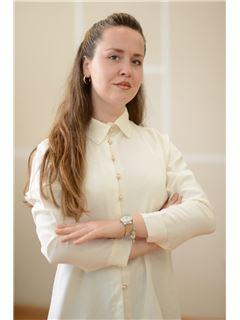 Brunilda Qyra Denisi - RE/MAX Vizion II