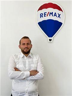 Ergi Muca - RE/MAX Premium