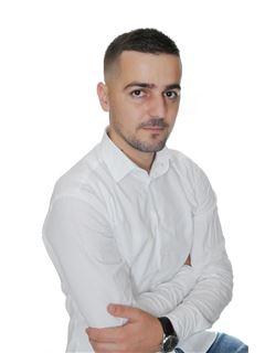 Artan Selimaj Co-Broker - RE/MAX Star