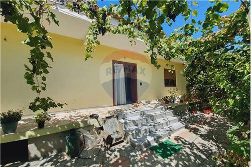 Shtëpi me tarracë - Në Shitje - Vlorë, Shqipëri - 15 - 530311007-617