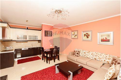 Tirana, Tiranë - Per Shitje - 89,900 €