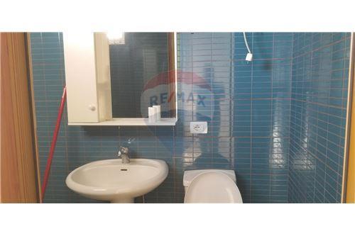 Apartament - Me Qira - Pazari i Ri - Rruga e Barrikadave, Shqipëri - 9 - 530411001-222