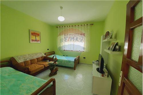 Shtëpi me tarracë - Në Shitje - Vlorë, Shqipëri - 23 - 530311007-617