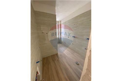 Apartament - Në Shitje - Vlorë, Shqipëri - 8 - 530311007-613