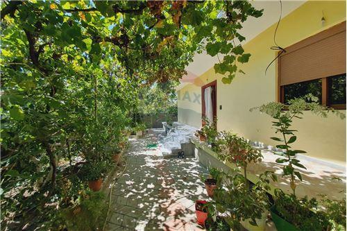 Shtëpi me tarracë - Në Shitje - Vlorë, Shqipëri - 16 - 530311007-617