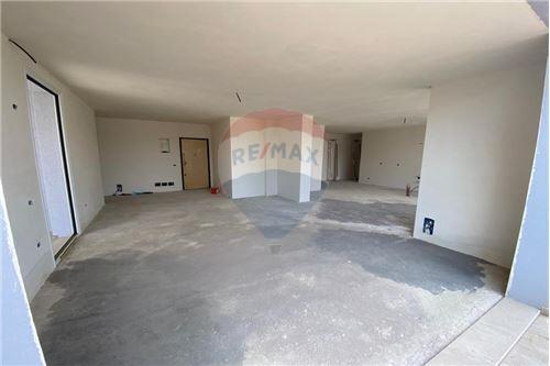 Apartament - Në Shitje - Vlorë, Shqipëri - 17 - 530311007-613