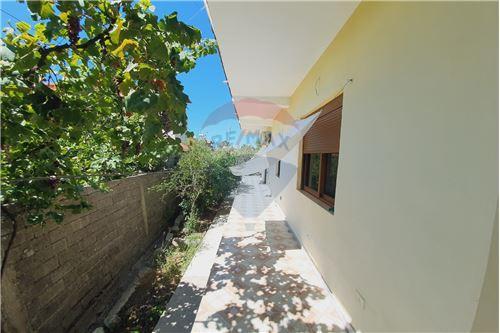 Shtëpi me tarracë - Në Shitje - Vlorë, Shqipëri - 18 - 530311007-617