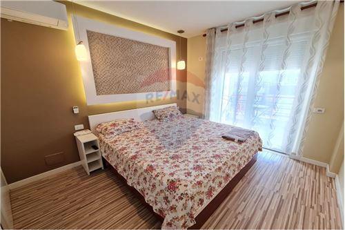 Apartament - Me Qira - Liqeni i Thatë, Shqipëri - 1 - 530191006-456