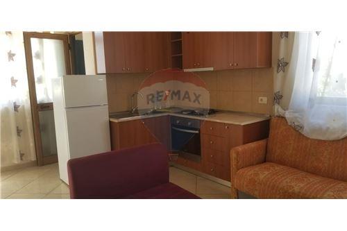 Apartament - Me Qira - Pazari i Ri - Rruga e Barrikadave, Shqipëri - 11 - 530411001-222