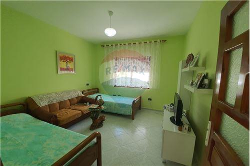 Shtëpi me tarracë - Në Shitje - Vlorë, Shqipëri - 22 - 530311007-617
