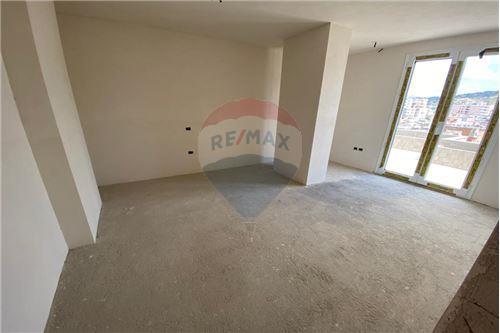 Apartament - Në Shitje - Vlorë, Shqipëri - 9 - 530311007-613