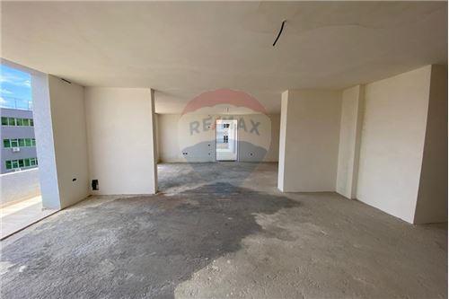 Apartament - Në Shitje - Vlorë, Shqipëri - 2 - 530311007-613