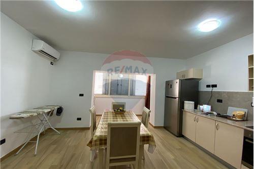 Apartament - Në Shitje - Pazari i Ri, Shqipëri - 2 - 530181037-224