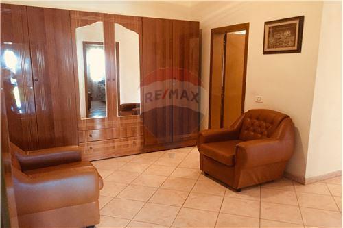 Apartament - Me Qira - Bllok, Shqipëri - 15 - 530181050-132