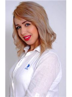Samia El Mahmi - RE/MAX Exclusive