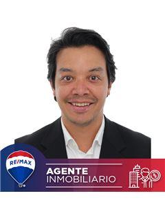 Agente Inmobiliario - Álvaro León Tovar Guerra - RE/MAX Conecta