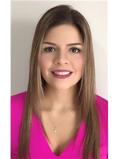 Agente Inmobiliario - Sara Maria Sanclemente Sanchez - RE/MAX Centro Inmobiliario
