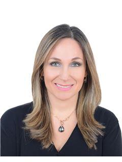 Агент в обучение - Laila Diaz Gama - RE/MAX Nova