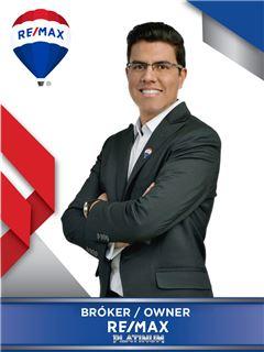 Bróker/Owner - Julian David Londoño Franco - RE/MAX Platinum