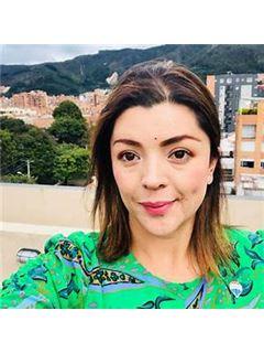 Nelly Astrid Chitiva Cabra - RE/MAX Focus