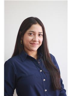 Agente Inmobiliario - Diana Barrios Bernal - RE/MAX Top Inmobiliaria