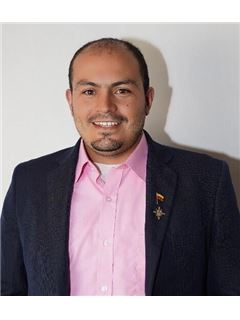 Agente Inmobiliario - Carlos Hernando Patiño Romero - RE/MAX Grupo Inmobiliario