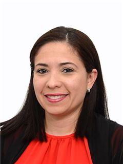 Agente Inmobiliario - Claudia Maria Rivera Diaz - RE/MAX Conecta