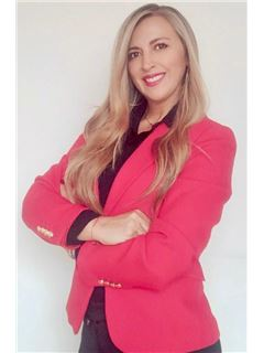 Agente Inmobiliario - Maria Cristina Angel Rosero - RE/MAX Expertos