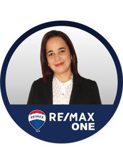 Angela Jimena Pinzon Torres - RE/MAX One