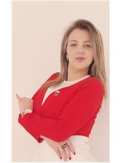 Agente Inmobiliario - Doribeth Yohama Molina Sosa - RE/MAX Expertos