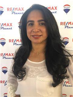 Agente Inmobiliario - Consuelo Fajardo Campo - RE/MAX Planet