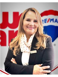 Associate in Training - Martha Lucia Garzón Díaz - RE/MAX Millennium