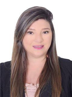 Agente Inmobiliario - Angela Yely Herrera Cortes - RE/MAX Premium