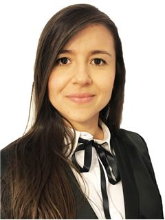 Associate in Training - Nubia Carolina Galeano Garzón - RE/MAX Millennium