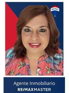 Agente Inmobiliario - Elizabeth Diaz Moyano - RE/MAX Master