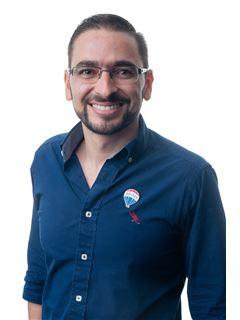 Bróker/Owner - Camilo Lobo Juan - RE/MAX Top Inmobiliaria