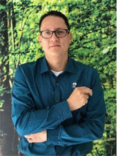 Agente Inmobiliario - Carlos Armando Rodriguez Castillo - RE/MAX Coffee Realty