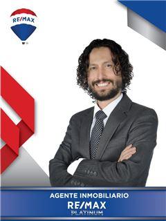 Agente Inmobiliario - Carlos Eduardo Peña Duarte - RE/MAX Platinum