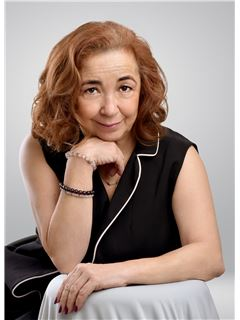 Agente Inmobiliario - Claudia Patricia Caceres Caceres - RE/MAX Centro Inmobiliario