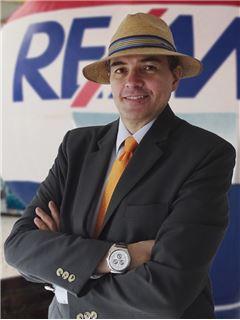 Nep. posrednik na izobraževanju - Heriberto Zuluaga Pedraza - RE/MAX Elite