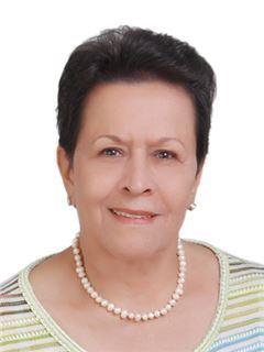 Yolanda Acuña de Garcia - RE/MAX Centro Inmobiliario