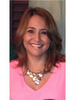 Agente Inmobiliario - Lenny Esther Camacho Galavis - RE/MAX Top Inmobiliaria
