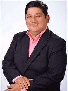 Bróker/Owner - Cesar Javier Cuellar Leal - RE/MAX Central I
