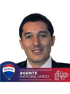 Agente Inmobiliario - Juan Pablo Zuluaga Peña - RE/MAX Conecta