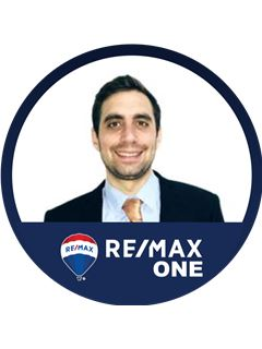 Associate in Training - Vittorio Paolo Scabbio - RE/MAX One