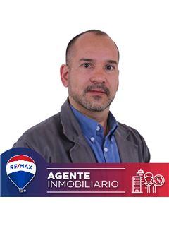 Agente Inmobiliario - Ricardo Botero Hoyos - RE/MAX Conecta